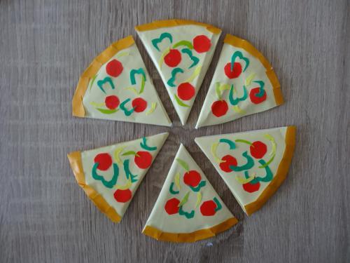 ティッシュで可愛くピザを作る作り方の手順画像