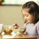 子供が朝食を食べるのが遅い・・・朝からモリモリ食べさせるコツ